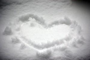 Heart-in-snow1654