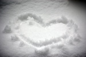 Heart-in-snow1654